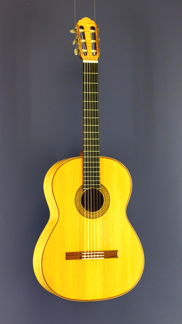 Heinz Wolfram classical guitar spruce, maple, 1967