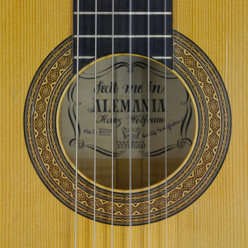 Heinz Wolfram classical guitar spruce, maple, 1967, rosette, label