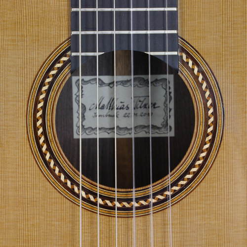 rosette and label of Matthias Tilzer classical guitar cedar, rosewood, year 2010