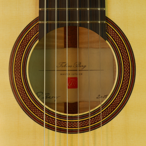 Tobias Berg Luthier Guitar, spruce, maple, scale 64 cm, year 2015, rosette, label