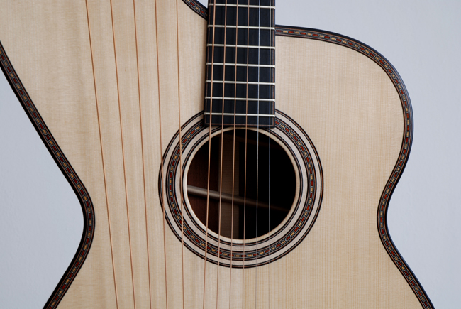 Dominik Wurth, Harp-Guitar, 11 strings, spruce, rosewood, rosette